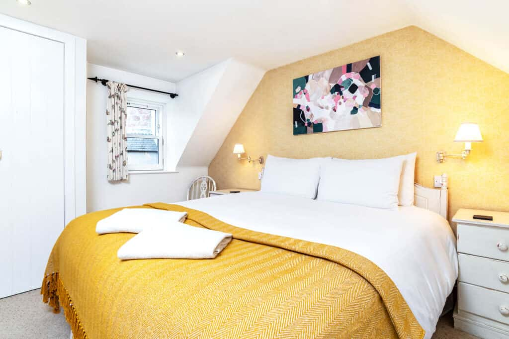 Beautiful bedroom for you holiday stay in ballater