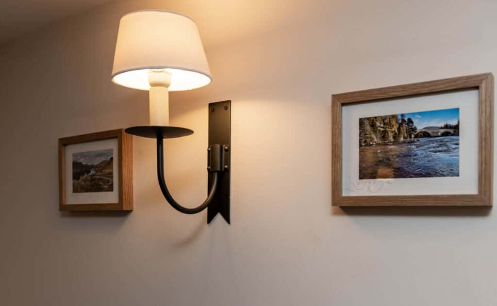 Self Catering Accommodaiton in Ballater with nice lighting